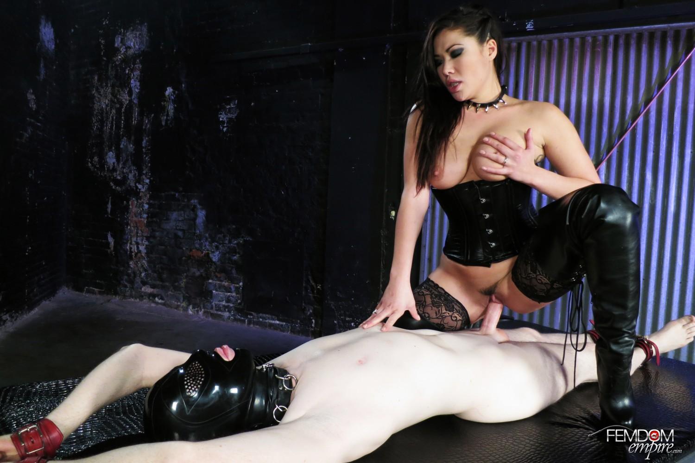 promo femdomempire gallery LondonSexSlave 05